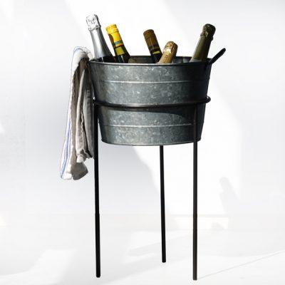 Ice-bucket-stand