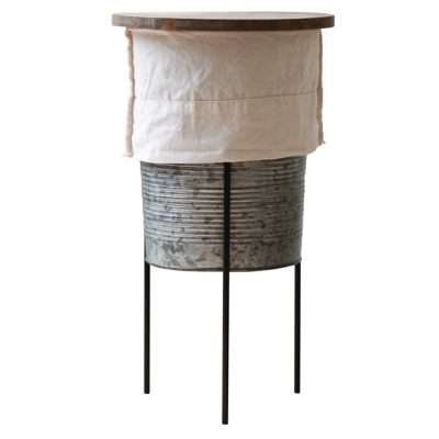 Stack-stand-cotton-out-and-ribbed-galvanised-container