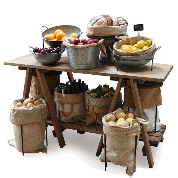 Trestle-table-Finishe-touches-Fruit-&-veg