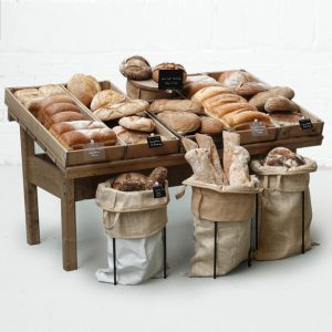 Sloping-Table-with-Bakery-Set-up