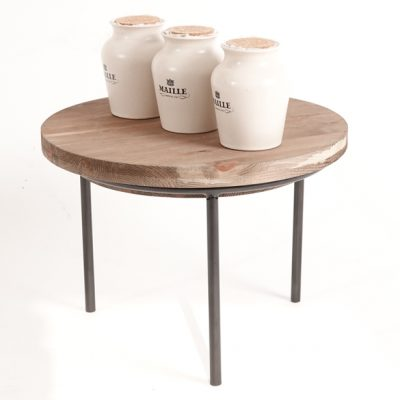 Small-sack-stand-and-wooden-lid