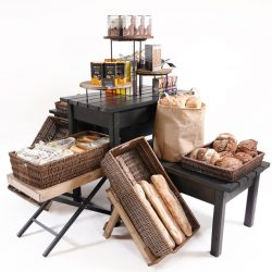 Gift-table-island-for-bakery-display