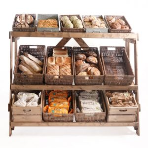 Large-single-sided-multitier-bakery-display