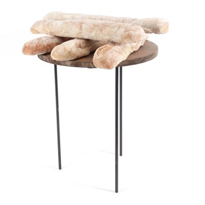 Open-Tall-sack-stand-with-bread-sticks