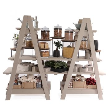 Ladders-and-extension-shelves-gift-set-up