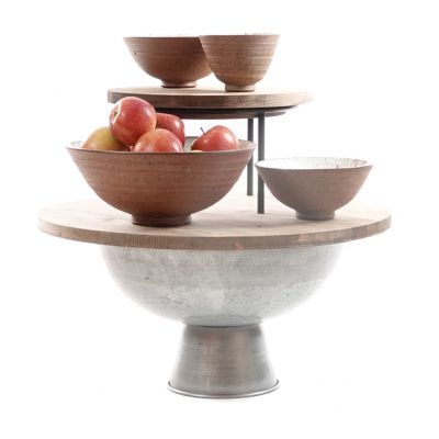 Galvanised-Bowl-with-chunky-wooden-top-and-merchandising-riser